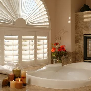 Las Vegas bathroom plantation shutters.
