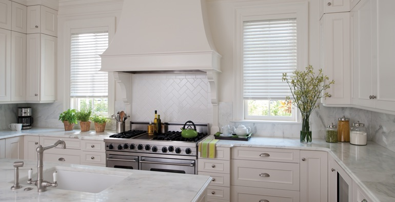 Las Vegas white faux wood blinds