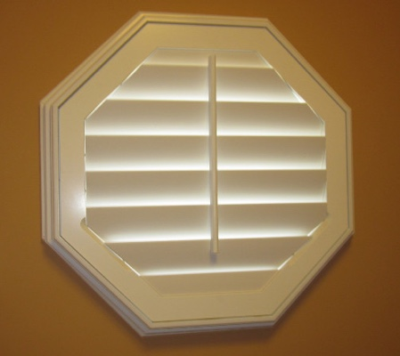 Las Vegas octagon window with white shutter