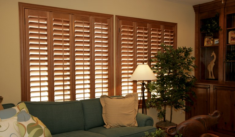 How To Clean Wood Shutters In Las Vegas, NV